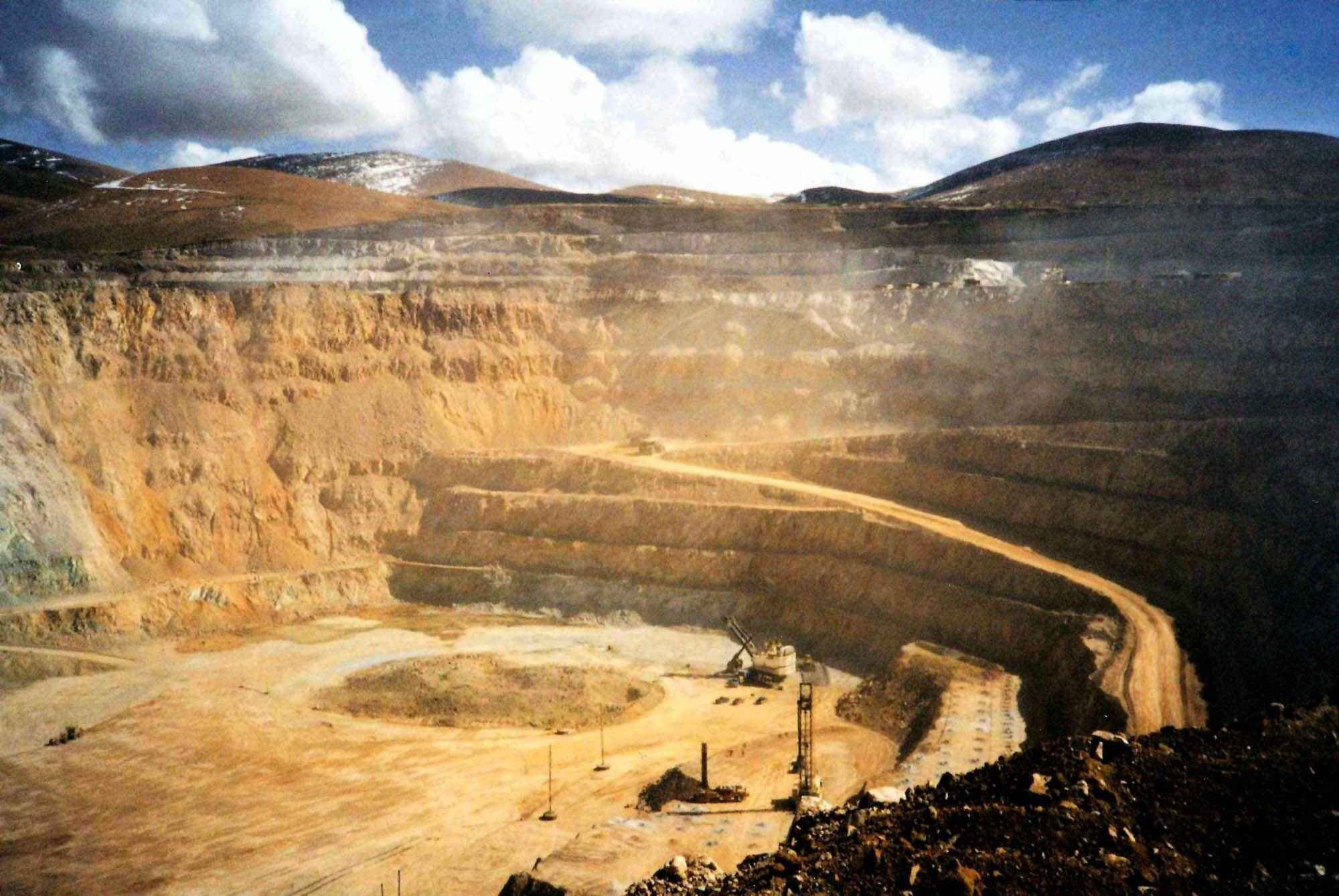 Collahuasi_copper_mine_ANGL0070_VISMEDIA